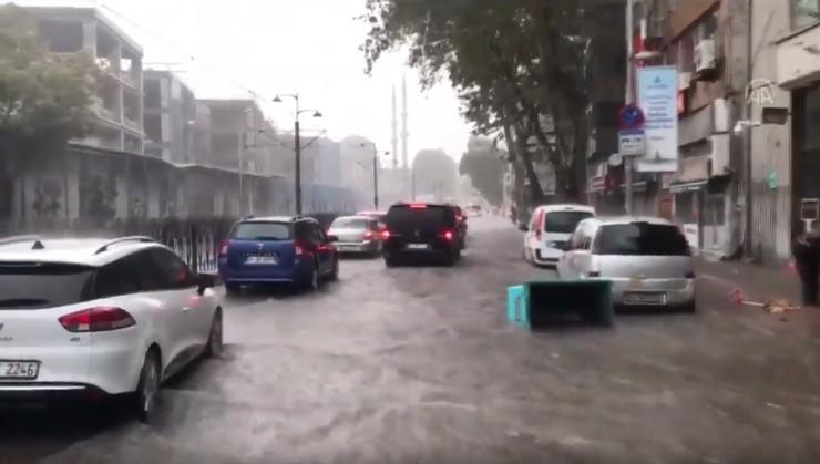 Poplava u Istanbulu