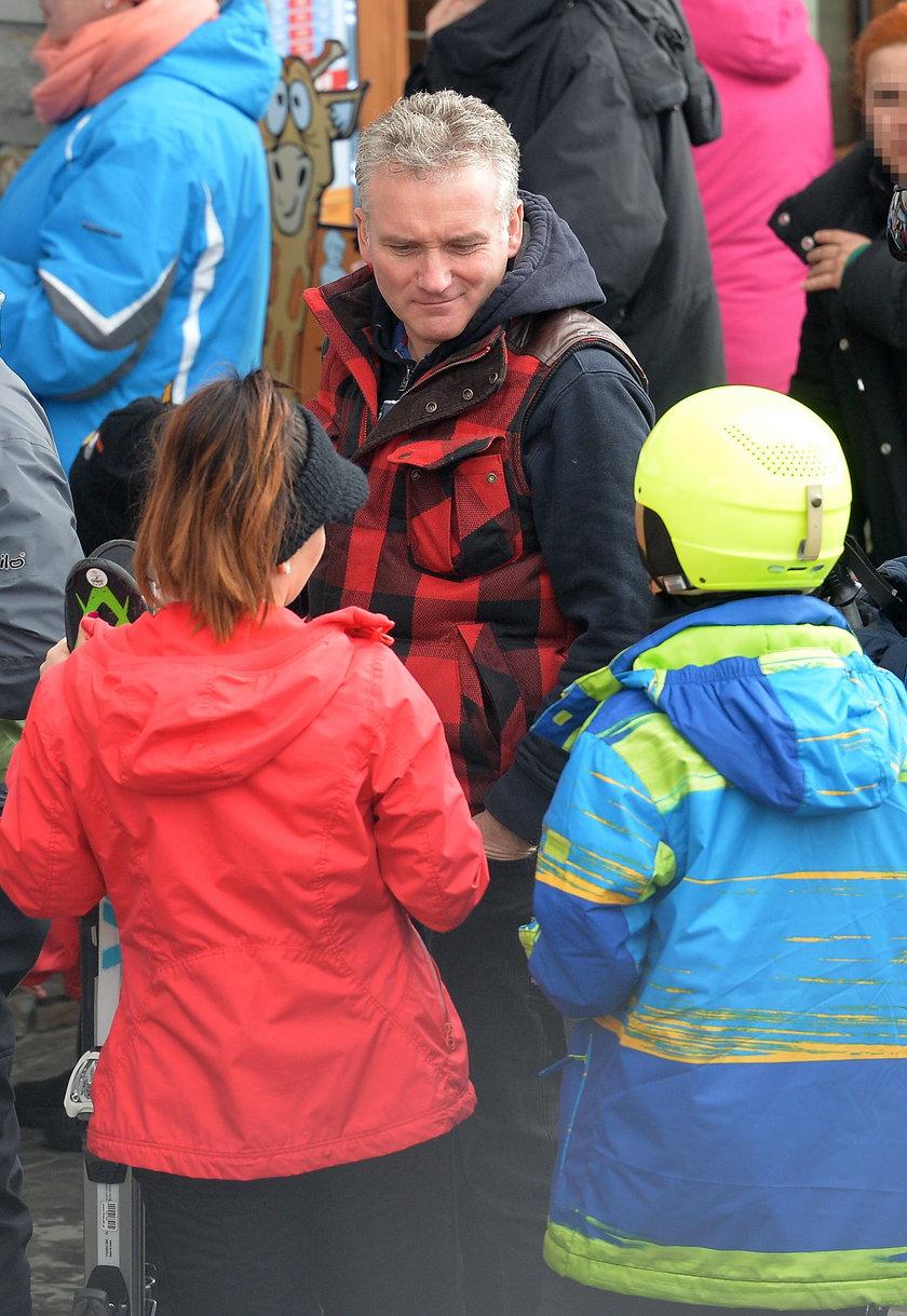 Beata Tadla i Jarosław Kret na nartach z synem Tadli Jasiem