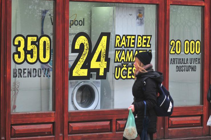 Novi Sad 42 bela tehnika prodaja popust za mladence foto Robert Getel