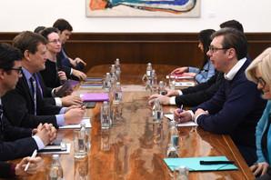 Vučić i delegacija MMF saglasni: U budžetu ima prostora za povećanje plata i penzija