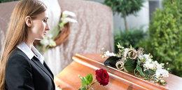 Jak wygląda świecki pogrzeb? Rozmawiamy z mistrzem ceremonii