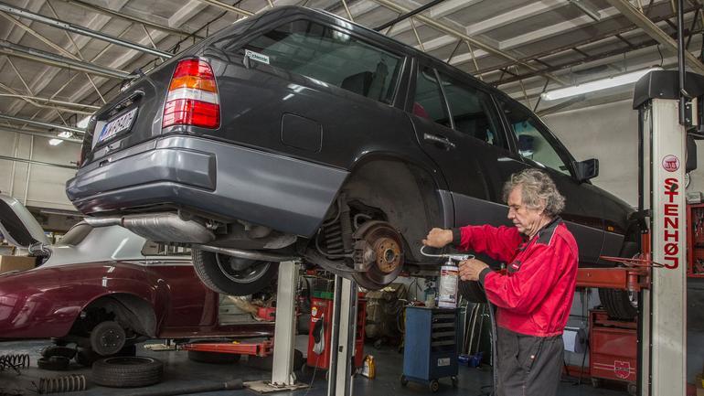 Jak zabezpieczyć auto przed korozją? Zrób to zanim przyjdzie zima
