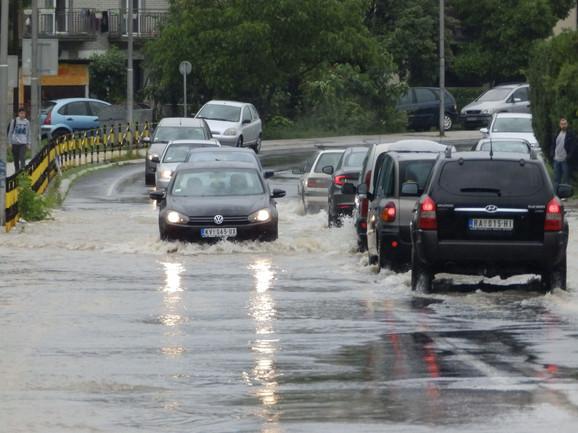 Poplavljene i gradske ulice u Kraljevu