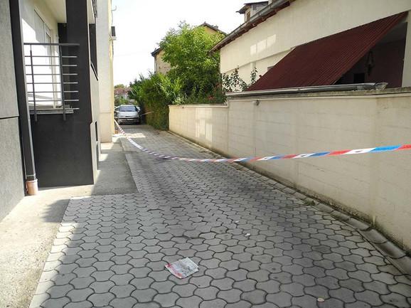 Ubistvo se dogodilo na ulazu u zgradu