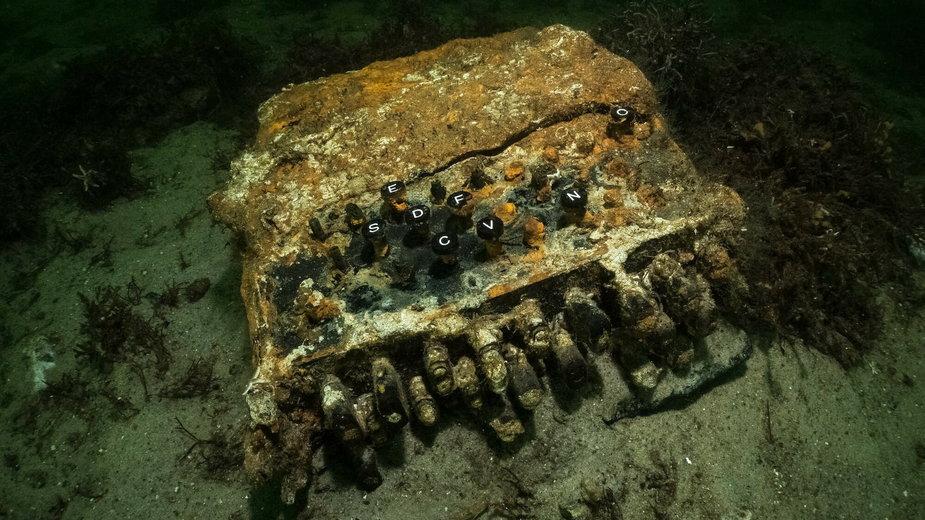 Enigma wyłowiona z dna Bałtyku przez niemieckich nurków