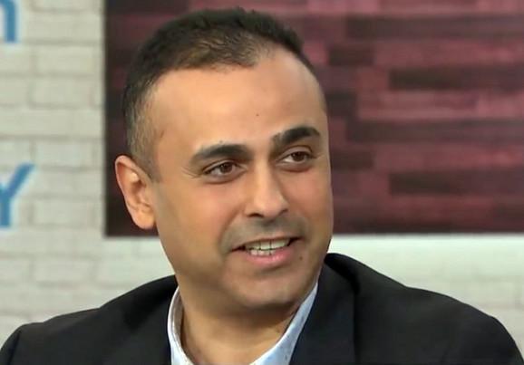 Džozef Asad, mozak operacije, imao je zadatak da vrbuje sve ljudstvo za akciju