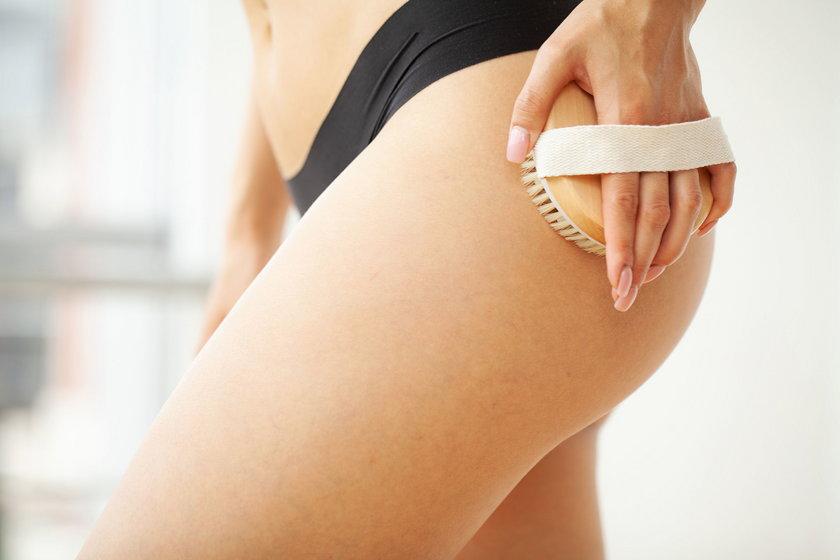 Jak szybko ujędrnić ciało przed latem?