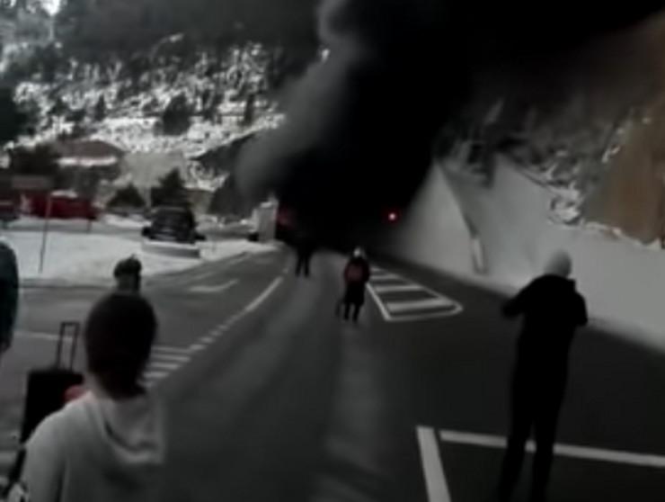 Hrvatski srednjoškolci autobus Švajcarska prtscn Youtube Dalmatinski portal