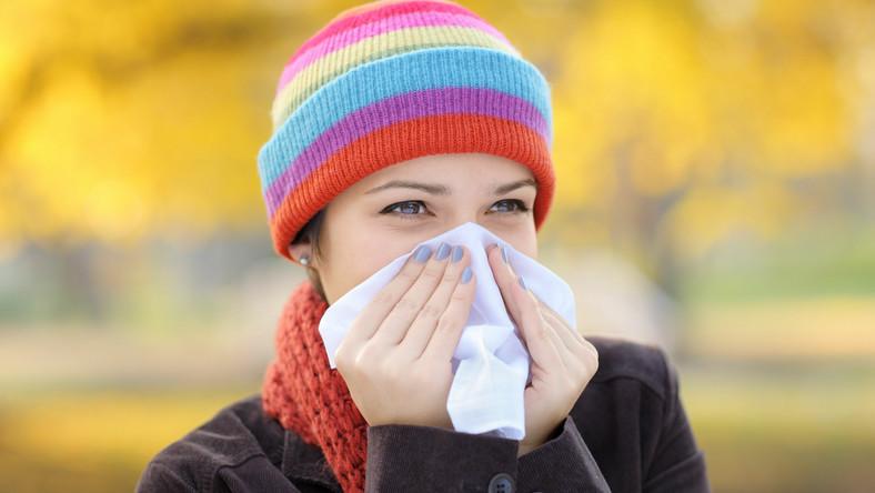 Szczepienie przeciwko grypie zmniejsza ryzyko zachorowania na grypę oraz rozwoju powikłań pogrypowych. Światowa Organizacja Zdrowia zaleca je szczególnie niektórym osobom. Zobacz.