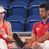 Novak odigrao četiri meča ZA DAN I PO, posle poslednje pobede imao kratku poruku, pa ODJURIO! On pakleno servira, ali Đoković kaže: JA PAKLENO RITERNIRAM!