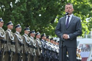 Szef MON: Służba w Wojsku Polskim to zaszczyt, ale też stabilne zatrudnienie