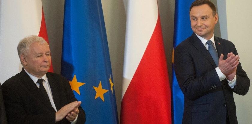 Duda wygrywa z Kaczyńskim!