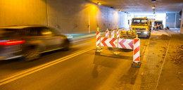 Obserwują tunel na Dębcu zamiast go naprawić