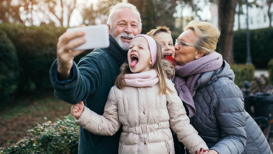 Dzień Babci obchodzimy w Polsce 21 stycznia a Dzień Dziadka - 22 stycznia