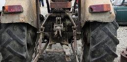 Na podwójnym gazie za kółkiem... traktoru