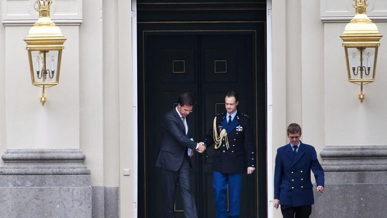 Premier Holandii złożył dymisję