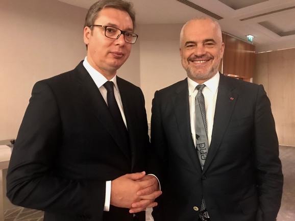 Aleksandar Vučić i Edi Rama u Parizu