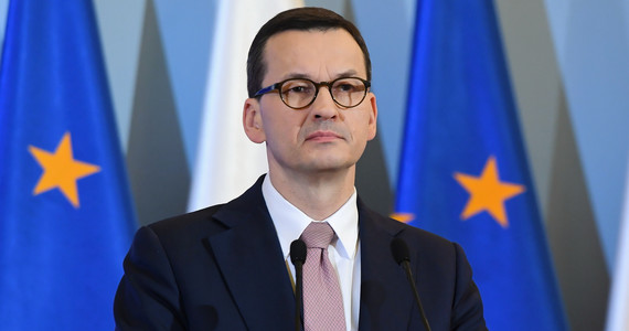 Zakaz lotów w Polsce? Morawiecki komentuje