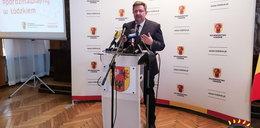 Koronawirus w Łodzi. Marszałek zakażony, dzień wcześniej spotykał się z samorządowcami