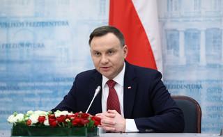 Mucha: Prezydent oczekuje, że zostaną podjęte ustalone działania ws. ekshumacji na Ukrainie