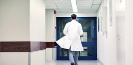 Lekarze i pielęgniarki odchodzą przez koronawirusa