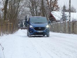 Ford Transit Custom Plug-in: spalinowóz zelektryfikowany