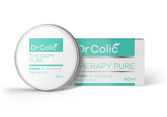 Dr. Colić Therapy Pure krema je na bazi alfa-arbutina koji deluje na uklanjanje pigmentiranih fleka, regeneraciju i izbeljivanje tena. Koža je lepo upija, ne izaziva iritacije i nema toksično dejstvo. Kod postojećih fleka koristi se ujutru i uveče, a kod preventivno jednom dnevno