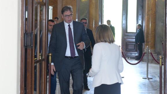 Vučić stigao u Skupštinu
