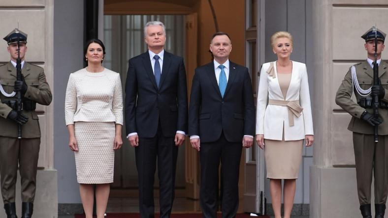 Spotkanie pierwszych par Litwy i Polski odbyło się dziś w Pałacu Prezydenckim w Warszawie...