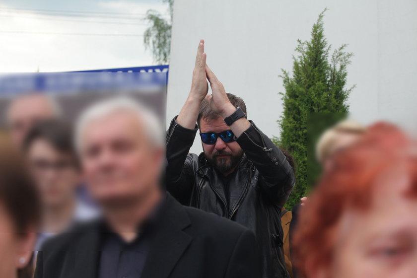 Tomasz Karolak na pogrzebie Haliny Skoczyńskiej