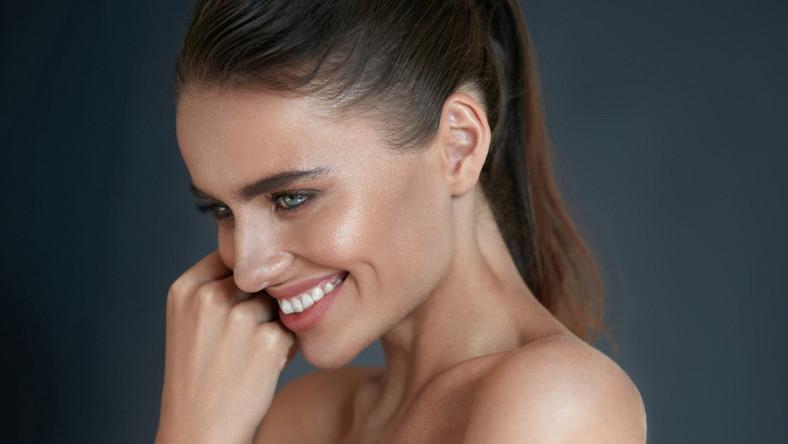 Delikatny makijaż rozświetlający