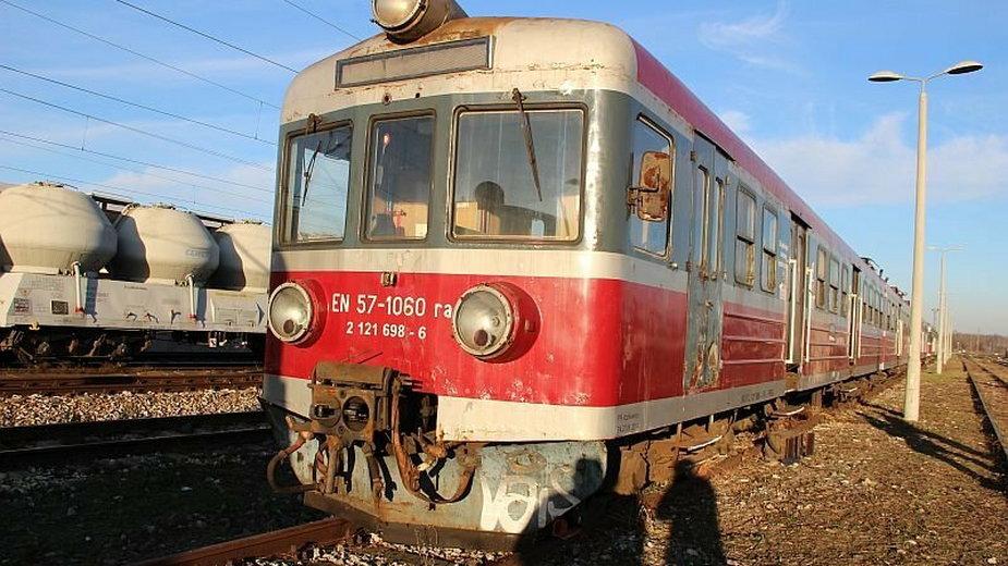 Młody mieszkaniec Skarżyska włamał się do pociągu. Straty na 30 tys. zł