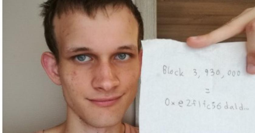 Twórca ethereum Vitalik Buterin zaprzeczył plotkom o swojej śmierci w wypadku samochodowym