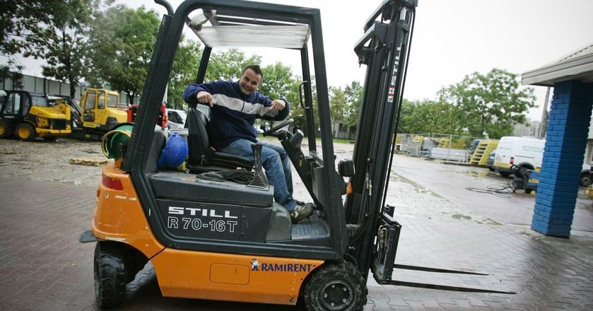 Najwyższe wynagrodzenie za pracę sezonową mogą uzyskać operatorzy wózków widłowych