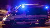 Ciało kobiety znalezione w mieszkaniu. Jej syn wypadł z okna