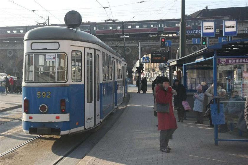 Marzniemy w tramwajach