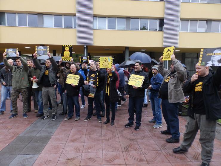 600957_kraljevo-03--lokalni-front-na-protestu--foto-n.-bozovic