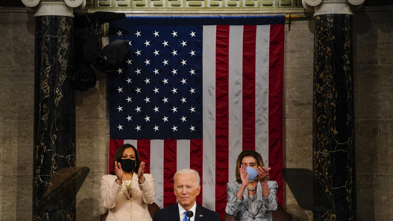 Joe Biden, Kamala Harris i Nancy Pelosi