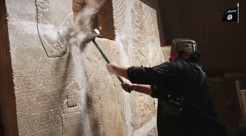 IRAQ NIMRUD (Islamic State releases video purportedly showing destruction of Nimrud)