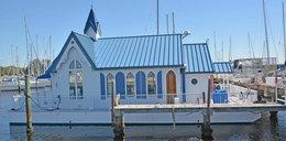Pływająca kaplica zamieniona w luksusowy dom. Ile kosztuje?