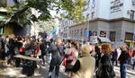 ĐAK MUČKI NAPAO NASTAVNICU u Trgovačkoj školi, kolege protestuju na ulici, NEMA NASTAVE