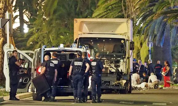 Teroristički napad vozilom u Nici