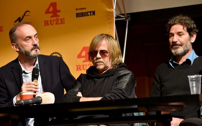Dragan sa rediteljem i Srđanom Žikom Todorovićem danas na konferenciji u Beogradu
