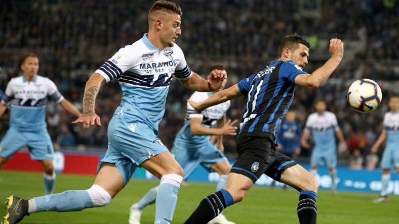 Lazio's Sergej Milinkovic-Savic (L) broke through three minutes after coming on as a late substitute.