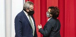"""Ale wpadka! Elżbieta Witek i Piotr Gliński tłumaczą się z nagranej rozmowy. Kim jest tajemniczy """"szef""""?"""