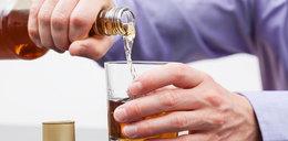 Czy pandemia koronawirusa sprawia, że pijemy więcej alkoholu?