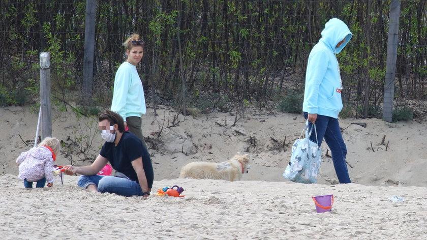 Maja Bohosiewicz na plaży