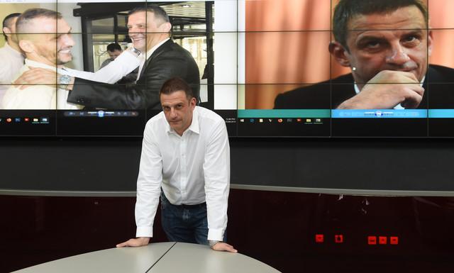 """Viktor Jelenić tokom posete redakciji """"Blica"""""""