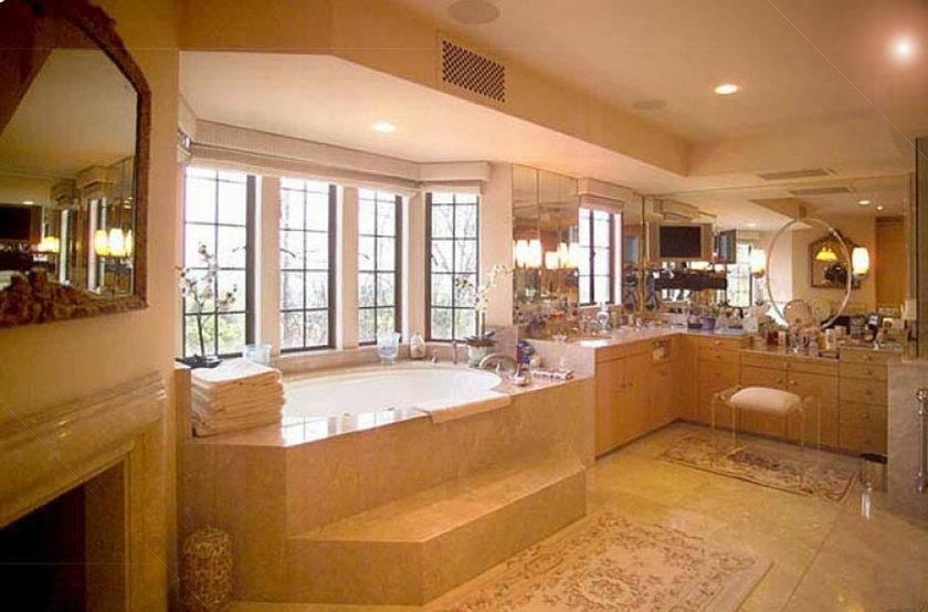 Luksusowe łazienki celebrytów. Ale przepych!