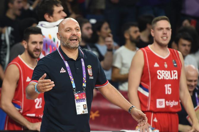 Aleksandar Saša Đorđđšević pre dva dana na terenu tokom polufinalne utakmice na Evropskom prvenstvu: tog dana pobedili smo Rusiju